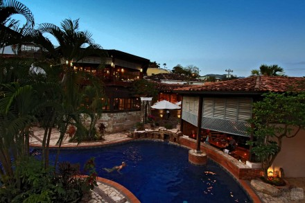 Swimming-Pool - Hotel Marina Copan